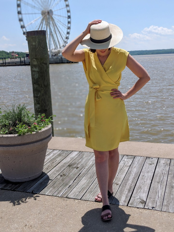 Review Everlane Japanese Goweave Mini Wrap Dress Goblin