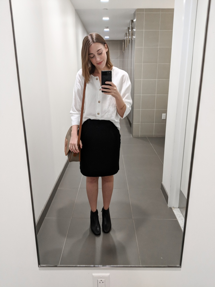 vetta capsule boxy blouse and everlane day boot