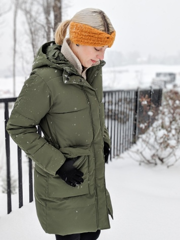 everlane renew long puffer review