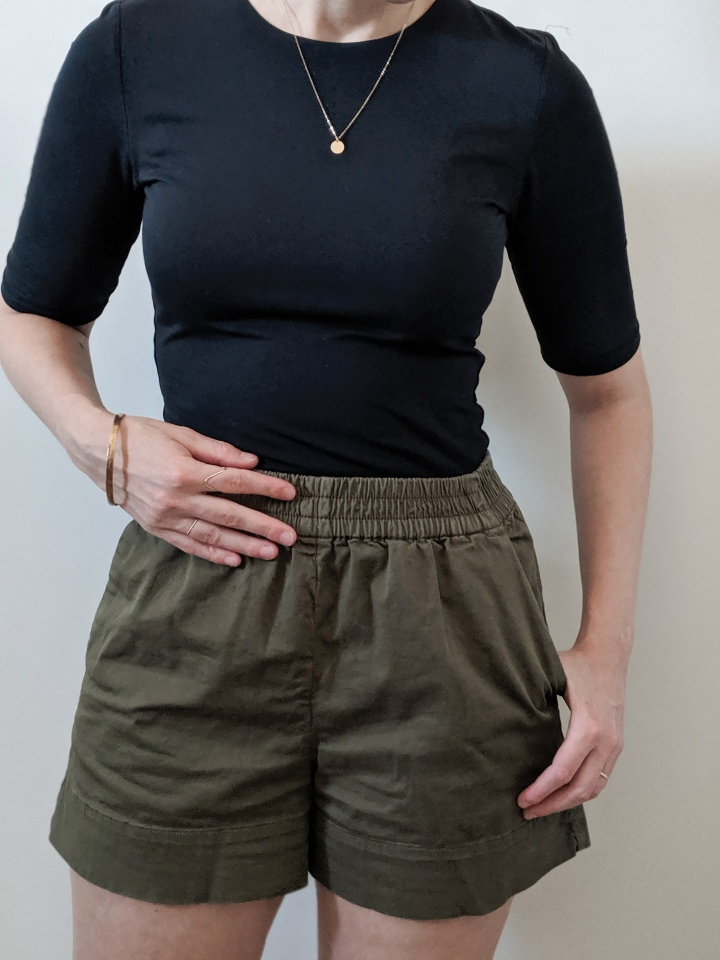 everlane body suit and chino shorts